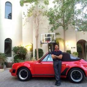 Our Porsche 911 3.2 WTL M491 cabriolet with the new owner in  Dubai